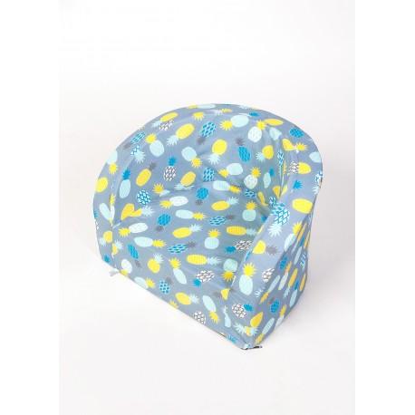 Fotelik z pianki dla dzieci - niebieskie ananasy