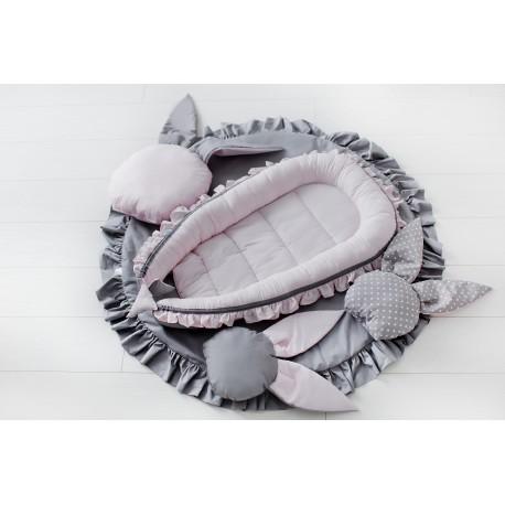 Kokon niemowlęcy z falbanką - różowy