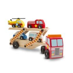 Ciężarówka z pojazdami ratunkowymi